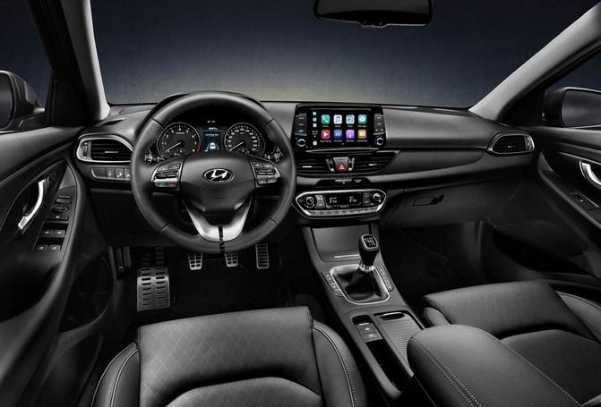 Hyundai-i30-fastback-leasen-5