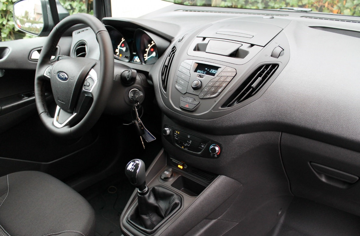Ford-transit-courier-leasen-10
