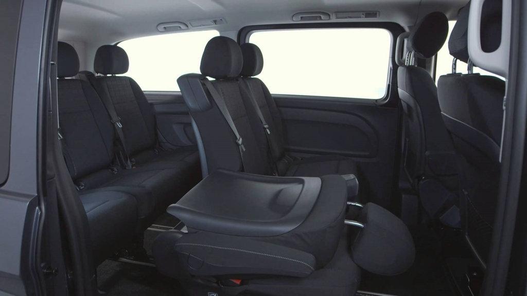 Mercedes-Benz-Vito-Tourer-Leasen-5