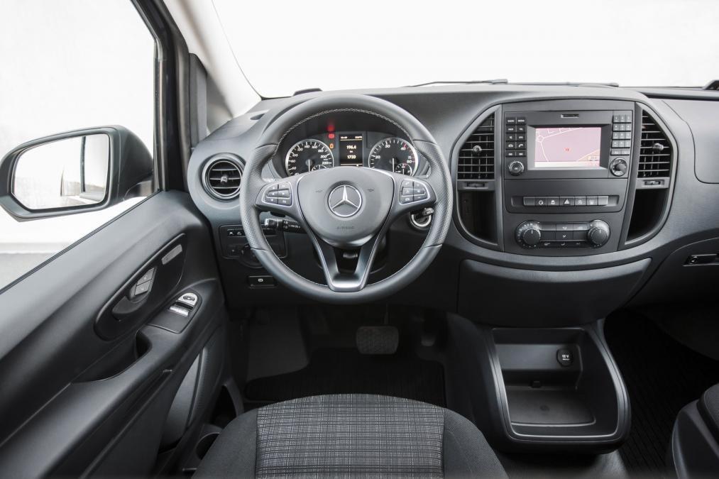 Mercedes-Benz-Vito-Tourer-Leasen-6