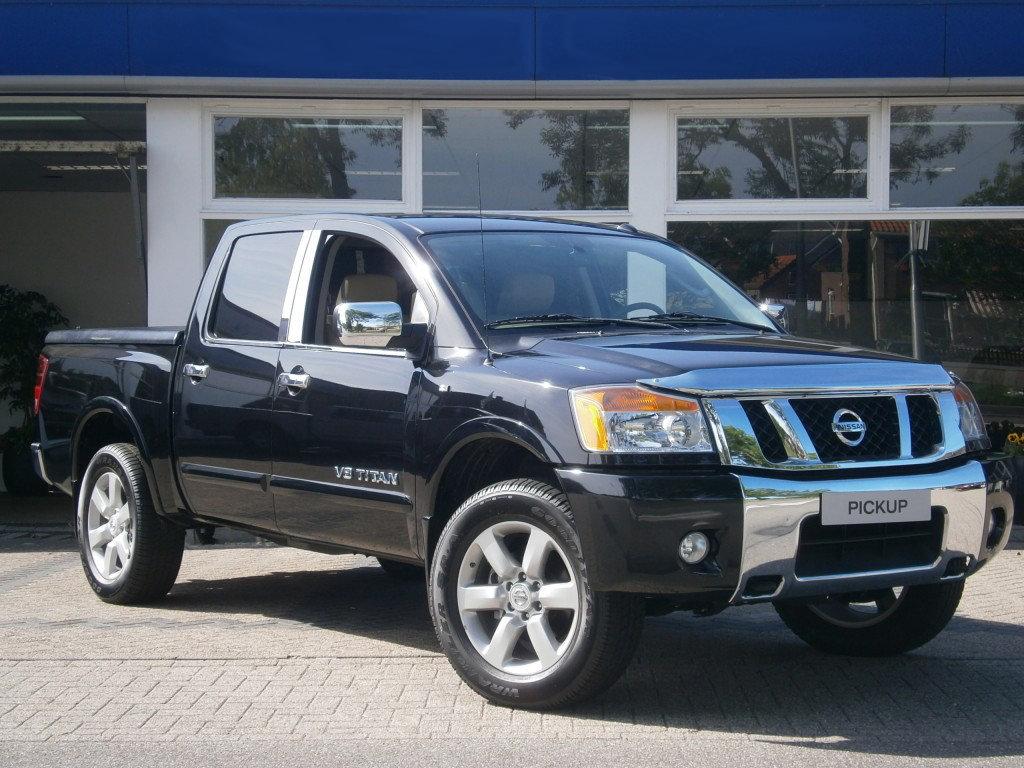 Nissan-Navara-2