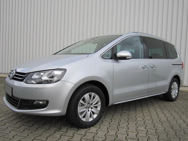 Volkswagen-Sharan-van-2