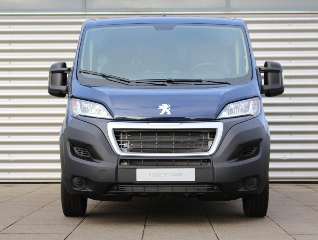 Peugeot Boxer DC leasen 1