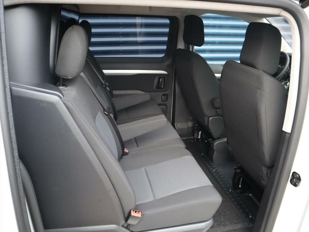 Peugeot Expert DC leasen 7